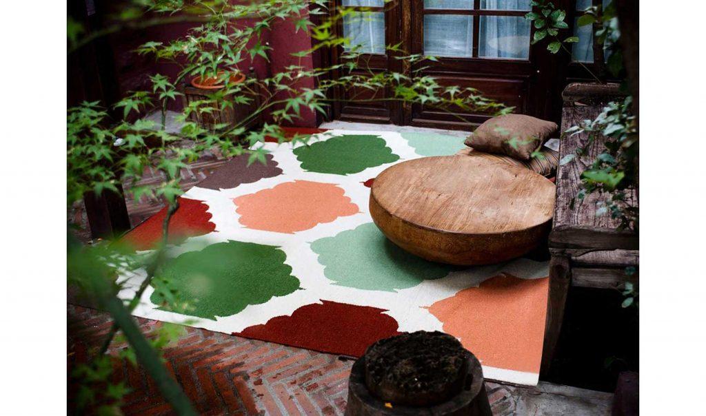 muebles-alfombra-ikat-teja