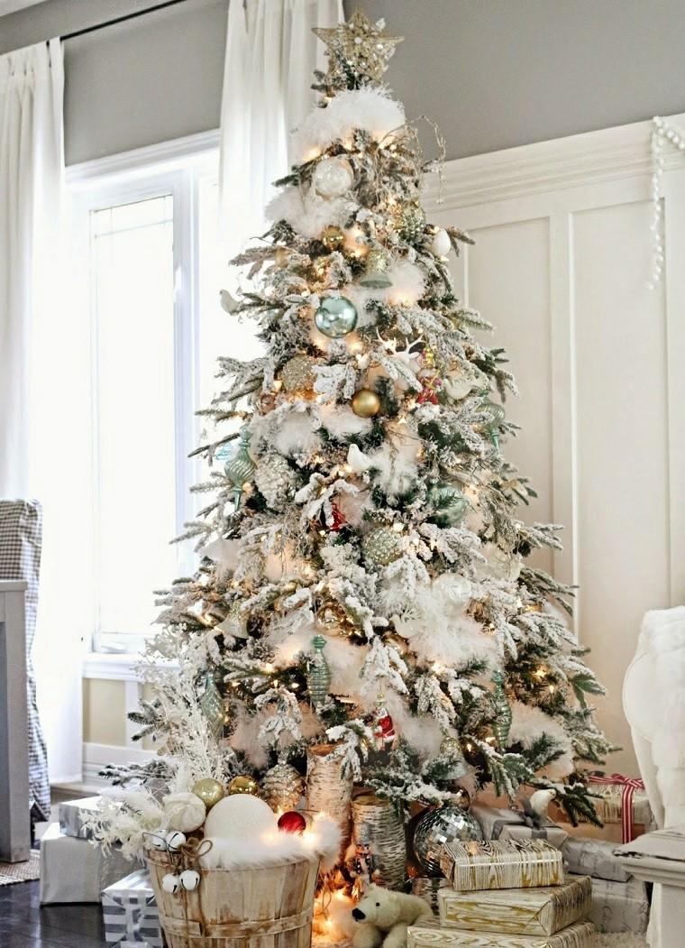 arbol-de-navidad-precioso-blanco-alto