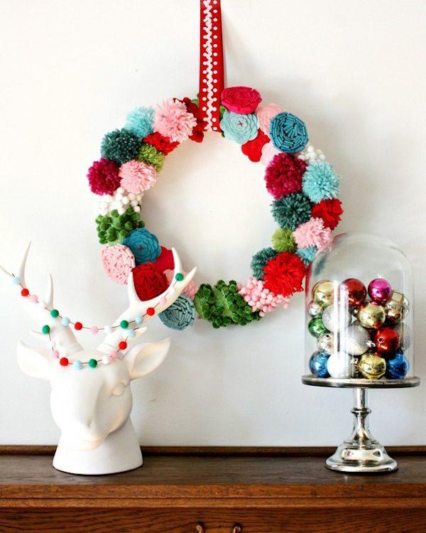 corona-de-navidad-de-pompones