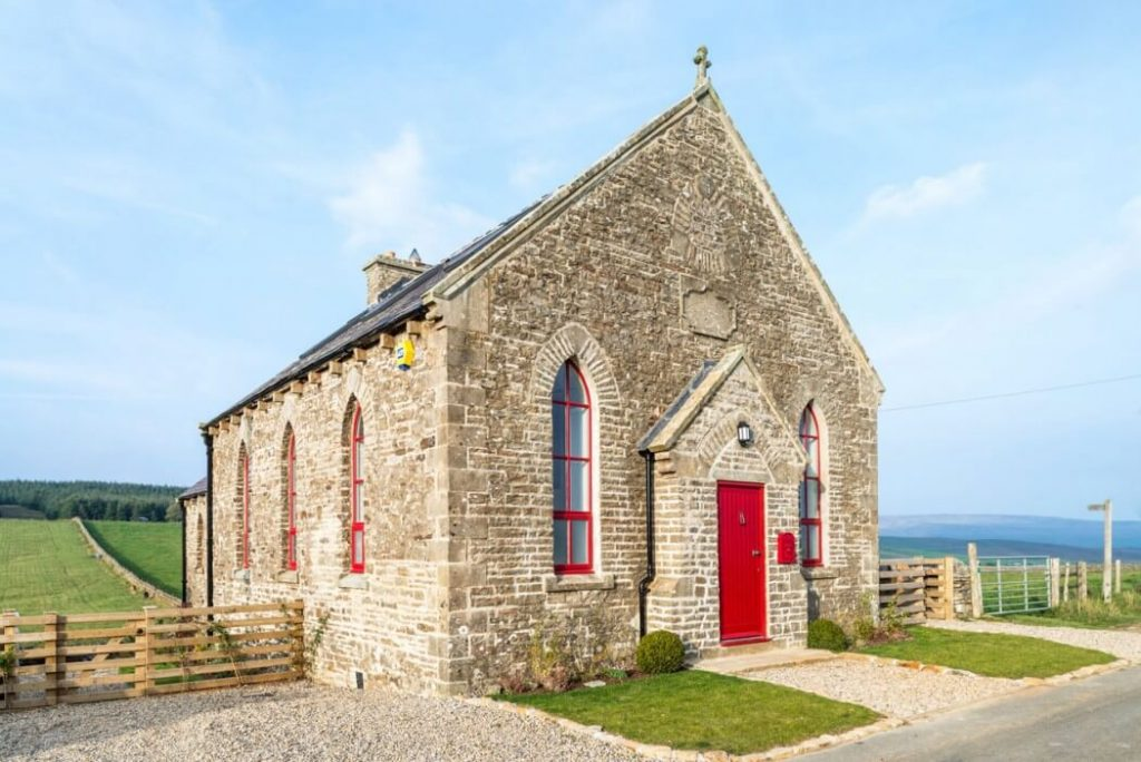 001-church-residence-evolution-design-1050x701