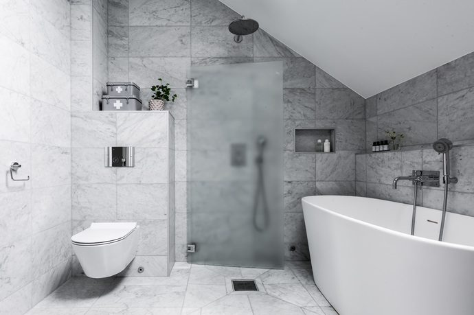 apartamento en gris baño