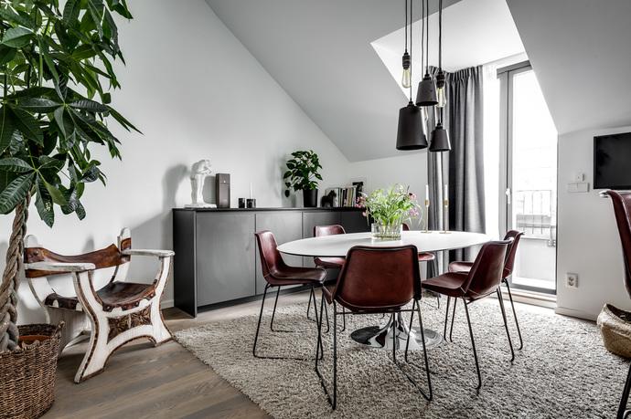 apartamento en gris comedor